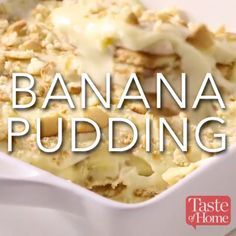 Banana Pudding Recipe A layer cake with all the flavor of banana pudding. Between the layers is a creamy banana pudding filling with Nilla wafers and fresh banana slices. The cake is covered in a delectable whipped topping frosting. Easy Banana Pudding, Banana Pudding Recipes, Banana Recipes Videos, Nilla Wafer Banana Pudding, Homemade Vanilla Pudding, Pudding Ideas, Southern Banana Pudding, Banana Pudding Cheesecake, Banana Dessert Recipes