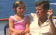 Never-before-seen footage of President John F. Kennedy shows him on vacation with his family just a few months before his November 1963 assassination. Caroline Kennedy, John F Kennedy, Jackie Kennedy, Sweet Caroline, Familia Kennedy, Today Show, Us Presidents, Mini Me, Jfk