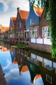 Volendam ~ is a town in north Holland, in the Netherlands