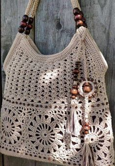 48 Glam Crochet Bags Pattern Ideas for 2020 Women Crochet! Crochet Diy, Crochet Tote, Crochet Handbags, Crochet Purses, Crochet Stitches, Crochet Ideas, Unique Crochet, Crochet World, Blanket Crochet