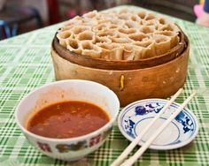 Oat noodles (yao mian 莜面) are a Shanxi province specialty, nutty-tasting and steamed in an intriguing honeycomb shape. The individual noodle tubes can be pulled apart and dipped in a tomato and garlic sauce in this famous noodle dish, kao lao lao 烤栳栳. These oat noodles are unique in all of China, both in flavour and in taste.