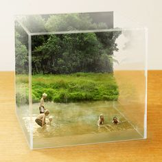 """A tiny slice of life."" KB SHOWCASE by 小林キユウ(Kobayashi Kiyu): This is not a diorama. It's called 立版古 (Tatebanko) Photo Macro, Foto 3d, Foto Transfer, Sculpture, Art Plastique, Box Art, Photo Manipulation, Installation Art, Paper Art"