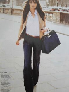 I'm loving the wide-leg jeans, her hair, the whole look :)