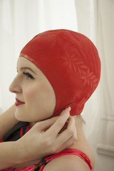 Vintage red 1950s swim cap floral hair pin curls molded Pin Curls 05c6e3ad1