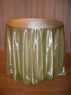Mint Jubilee shiny satin #linen #chairdecor #linenfactory #event #finelinen #tabledecor