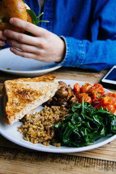 Vegan Scottish Breakfast at Leo's Beanery, Edinburgh, Scotland | #travel…
