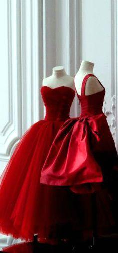 """livvysmomsvintageworld: """" Dior http://ift.tt/1kXNM9G """""""