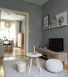 Natural colours + textures | Gemma's living room in the Netherlands | Picture ledge | Follow her at livelovehome.nl | live from IKEA FAMILY