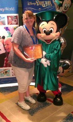 Disney College Program  - Mousekejournals