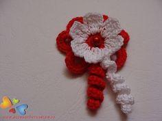 Floare Crochet Designs, Crochet Crafts, Hair Clips, 8 Martie, Crochet Earrings, Lily, Embroidery, Lilies, Hair Pins