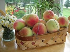 How to make Peach Cobbler using ripe, juicy, fresh peaches that will have you reminiscing about warm summer afternoons eating fruit straight from the tree! Bbq Desserts, Great Desserts, Summer Desserts, Delicious Desserts, Dessert Recipes, Summer Recipes, Homemade Peach Cobbler, Fresh Peach Cobbler, Best Grill Recipes