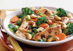 Chicken, Broccoli, and Cashew Stir-Fry
