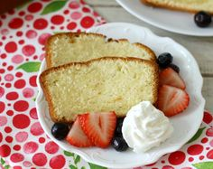 Vanilla Pound Cake with Fresh Berries #SundaySupper - A light, moist, vanilla flavored pound cake served with fresh berries and just a dollop of whip cream.