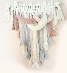 Feeling Inspired by Fiberart aka Macrame :http://www.cuckoo4design.com/2015/05/feeling-inspired-by-fiberart-aka-macrame.html