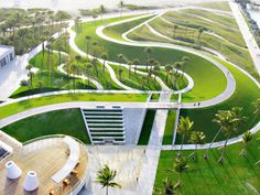 Great Public Park Revitalization: South Pointe Park by Hargreaves Associates