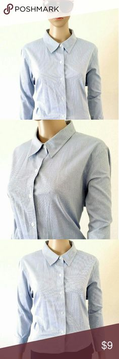 Liz Claiborne Womens Blue Button Down Blouse Shirt Size: 14 PLUS SIZE 100% Cotton In Very good condition!! Very adorable!! A great gift!! Fast shipping!! Liz Claiborne Tops Button Down Shirts