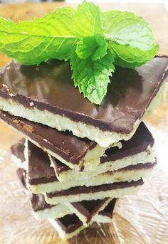 Your favorite recipe source for healthy food [Paleo, Vegan, Gluten free] Paleo Dessert, Vegan Desserts, Delicious Desserts, Yummy Food, Coconut Recipes, Sweets Recipes, Paleo Baking, Baking Recipes, Grasshopper Bars