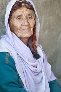 Hunza, Gilgit Baltistan / El valle de Hunza es un valle formado por el río Hunza, cercano a Gilgit y Nagar, situado en los Gilgit-Baltistán de Pakistán. Su capital es Karimabad. Fue el centro del antiguo principado de Hunza, abolido en 1974
