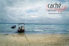 Ah, the lovely beaches of Playa del Carmen!