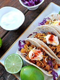 Honey Sesame Fish Tacos with Lime Greek Yogurt Sauce #fresh #healthy #fastfood