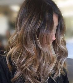 Soft layers and balayage for the perfect lived in hair. @cristophenewportbeach Cut/Style ✂️   @monicadelarosa Color   @baileyage