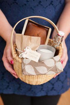DIY Holiday Hostess Gift Basket