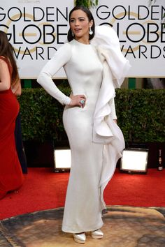 Paula Patton wearing Stéphane Rolland Couture Spring 2013 with shoes and David Yurman High Jewelry – Golden Globe Awards Golden Globe Award, Golden Globes, Modest Dresses, Nice Dresses, Long Dresses, Sexy Dresses, Celebrity Dresses, Celebrity Style, Celebrity Beauty