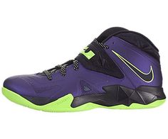 Nike Men's Zoom Soldier VII Basketball Shoes