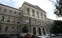 Universitatea Babes-Bolyai Cluj-Napoca Romania, Louvre, Student, Building, Blog, Travel, Viajes, Buildings, Blogging