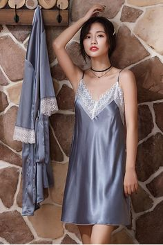 Pyjama Satin, Satin Pajamas, Sleep Dress, Satin Lingerie, Lace Slip, Beautiful Asian Women, Beautiful Lingerie, Satin Dresses, Night Gown