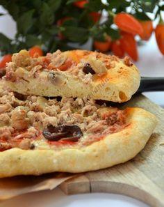 Pizza al tonno con pasta madre