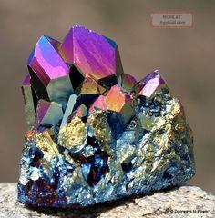 titanium_aura_quartz_crystal_cluster_flame_aura_twin_isis_channeling_time_link_1_lgw.jpg (784×800)