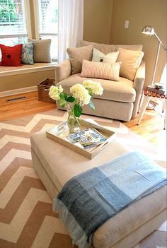 Great tips on How to Accessorize a room. Before and after room photos. #chevron rug