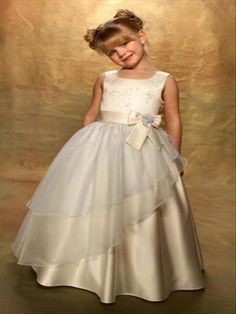 Champagne Satin and Tulle Ball Gown Flower Girls' Dresses Jewel Neck Bow at Waist and Applique Detail Little Girls Gowns Cute Princess