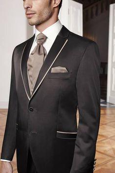 Anzug von Wilvorst #Bräutigam #Groom #Hochzeit
