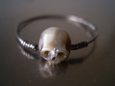 carved pearl ring #skull
