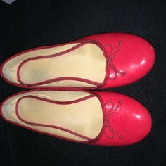 Red hot flats, size 10! Red hot flats, size 10! Very comfortable! Can be dressed up or Down. There is some wear on the heels as pictured. Please let me know if you have any additional questions about this listing. Happy poshing!  Old Navy Shoes Flats & Loafers