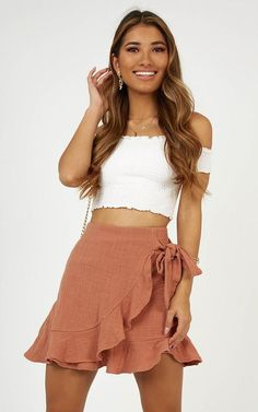 Produced Over and Under Rock In Dusty Rose Linen Look # kitchengarden … - Outfit Cute Summer Outfits, Girly Outfits, Cute Casual Outfits, Casual Dresses, Fashion Outfits, Elegant Dresses, Formal Dresses, Wedding Dresses, Cute Skirt Outfits