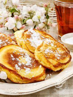 Le Mele fritte in pastella sono perfette per un risveglio da leccarsi i baffi o…