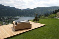 Terrasse mit Blick auf den Millstättersee, Kärnten, Österreich