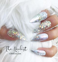 Silver holographic quitar uñas gel in 2019 ногти, маникюр. Fancy Nails, Bling Nails, Glitter Nails, Pretty Nails, Sparkle Nails, Rhinestone Nails, Bling Bling, Cute Acrylic Nails, Glue On Nails
