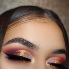 Gold and bronze metallic cut crease Eyeshadow