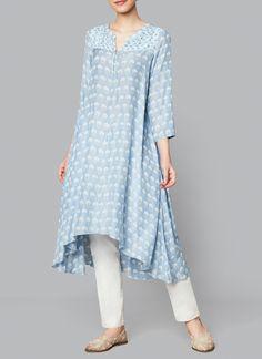 Shop Erisha Tunic from Anita Dongre Pakistani Dresses, Indian Dresses, Indian Outfits, Indian Designer Outfits, Designer Dresses, Simple Dresses, Casual Dresses, Anarkali Dress Pattern, Dress Shirts For Women