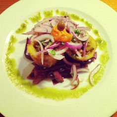 Patacas recheas no Juicy Jones #barcelona #vegan #veganfood #veganfoodshare #whatveganseat #plantbased #plantstrong #Padgram