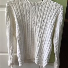 White Ralph Lauren knit pullover In excellent condition with no rips or stains. 100% cotton. Perfect for a cool summer night. Length is 24 inches and armpit to armpit is 24 inches. Thanks for looking. Ralph Lauren Sweaters Crew & Scoop Necks