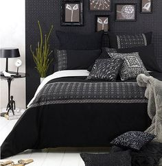 And black blue comforter white