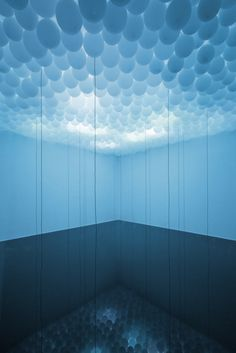 baloon and light installation