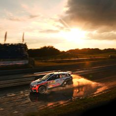 Leave the beautiful sunset behind you - @hyundai.official - 석양을 뒤로 한 채 달리는 현대월드랠리팀! - #catchuprace #beautifulsunset #race #carwithoutlimits #i20 #Poland #Rally #motorsport #WRC #Hyundai