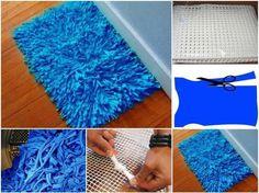 alfombra reciclada. solo necesitas una rejilla del tamaño que quieras la alfombra y cortar tiras de tela de 15x2cm.