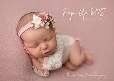Foto Newborn, Newborn Poses, Newborn Shoot, Newborn Pictures, Baby Pictures, Baby Photos, Children Photography Poses, Newborn Baby Photography, Newborn Studio